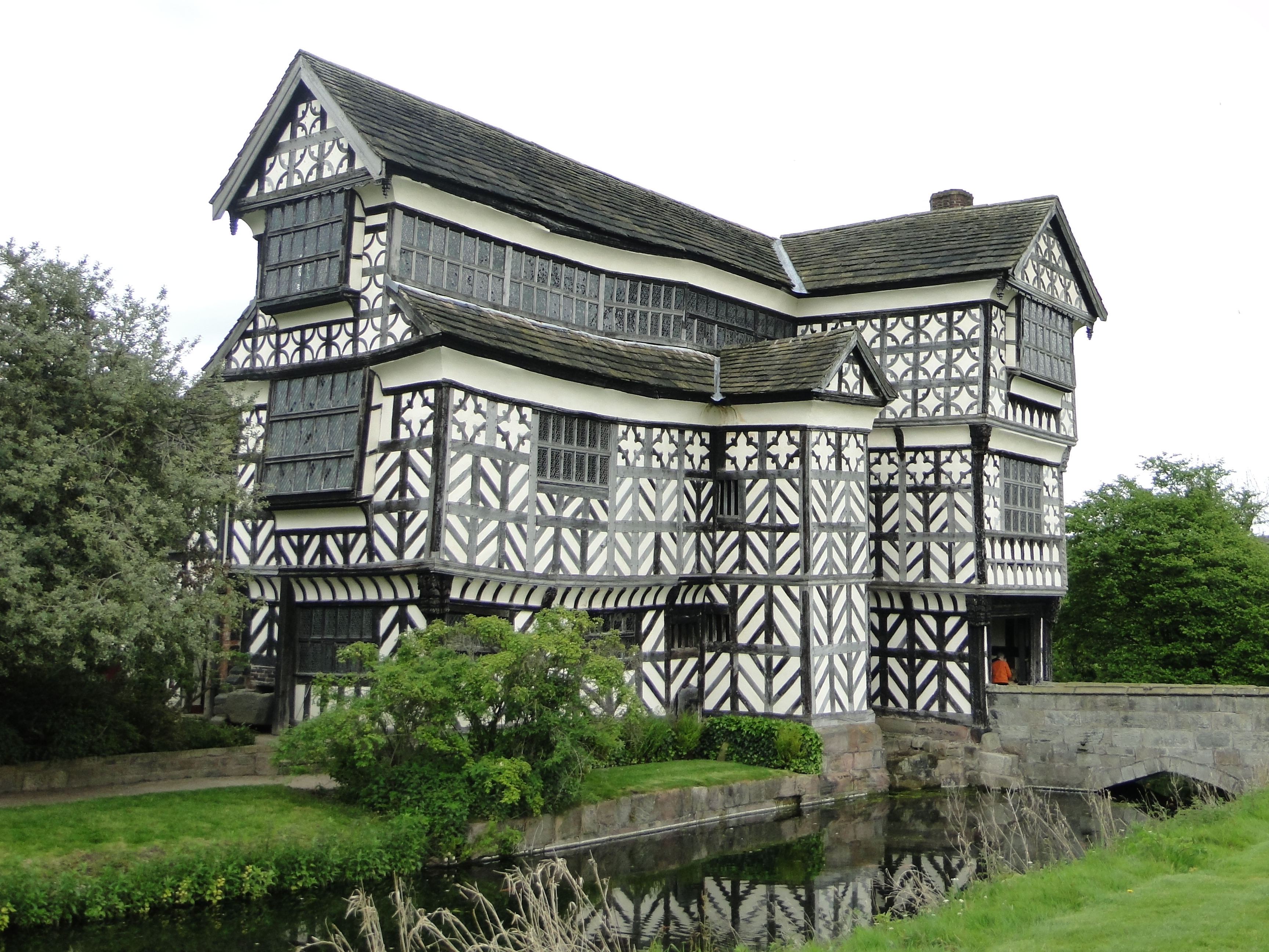 The chapel at little moreton hall cheshire for Chesire house